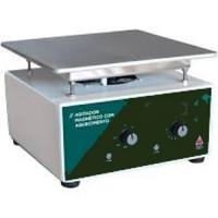 Agitador Magnético   Analógico Sem Aquecimento Capacidade até 10 Litros